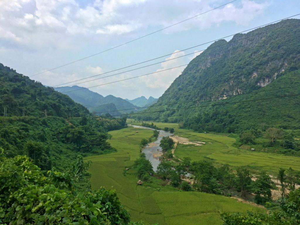 Die Landschaft wird berauschend, wenn man die Berge überquert hat.